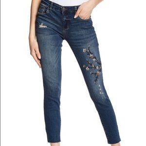 EUC Sts blue Emma ankle skinny embroidered jeans